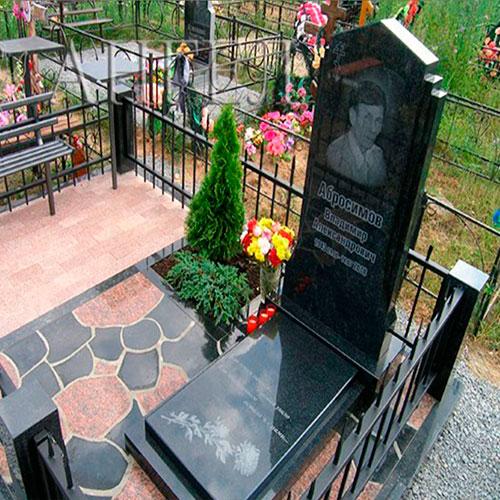 Памятники из натурального камня могилев